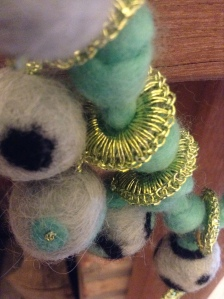 felt necklace aqua 2